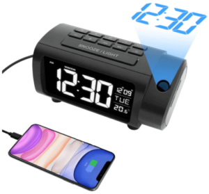 This is an image of the LIORQUE Projection alarm clock radio with USB Charger in black color